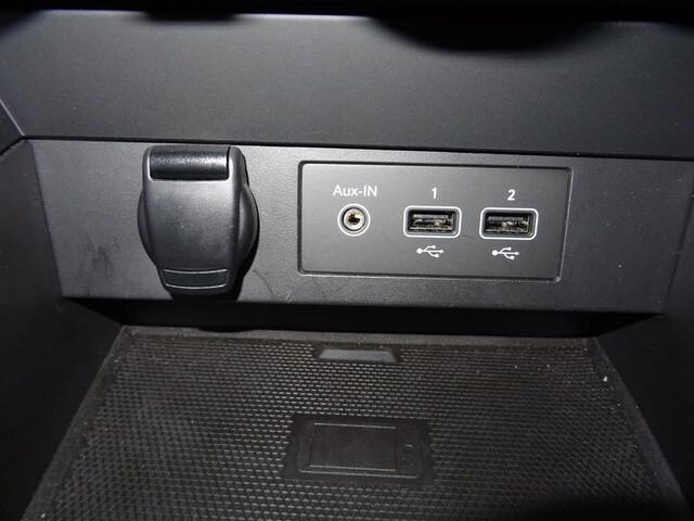 Inside Clio  Marron vison