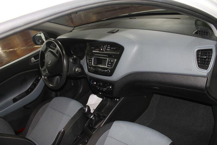 Inside i20 Diesel  BLANCO