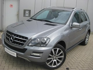 Mercedes-Benz - ML 320