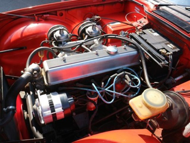 Exterieur TR6  rood