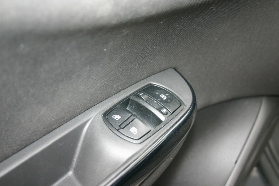 Inside Corsa  Gris Phantom