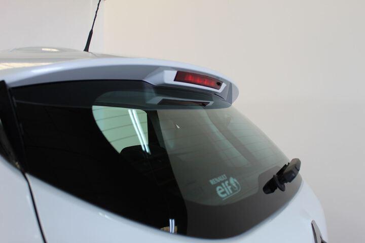 Outside Clio Gasolina/Gas  Blanco
