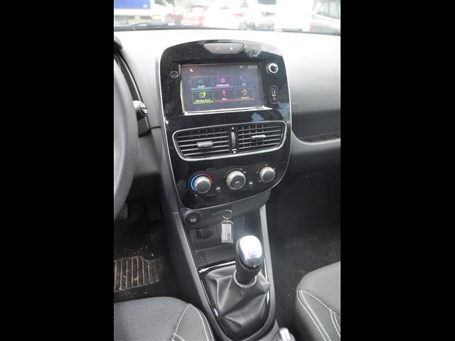 RENAULT Clio Sporter 02102811_VO38043894