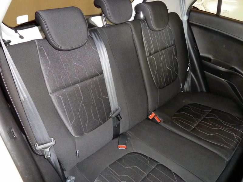 Inside Picanto  Clear White