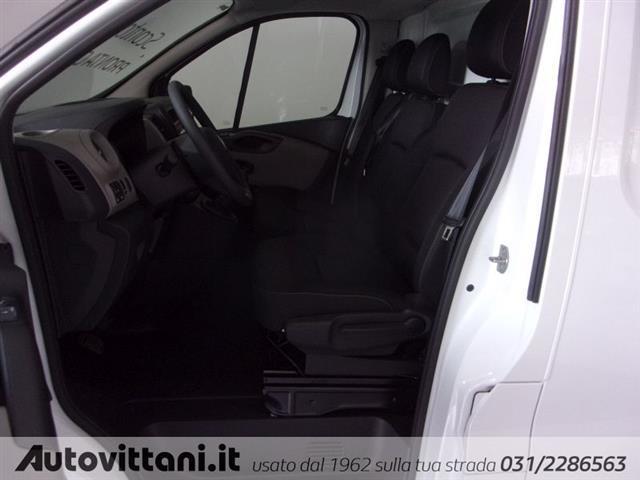 RENAULT Trafic 00825209_VO38023207