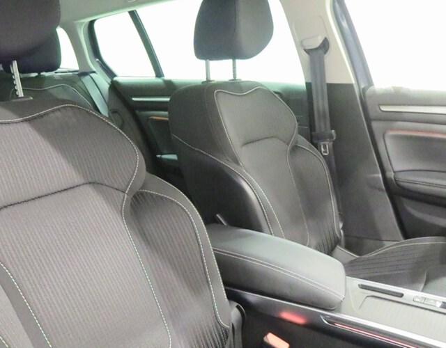 Inside Mégane Sport Tourer  Gris Titanium