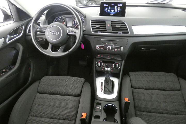 Inside Q3 Diesel  Blanco