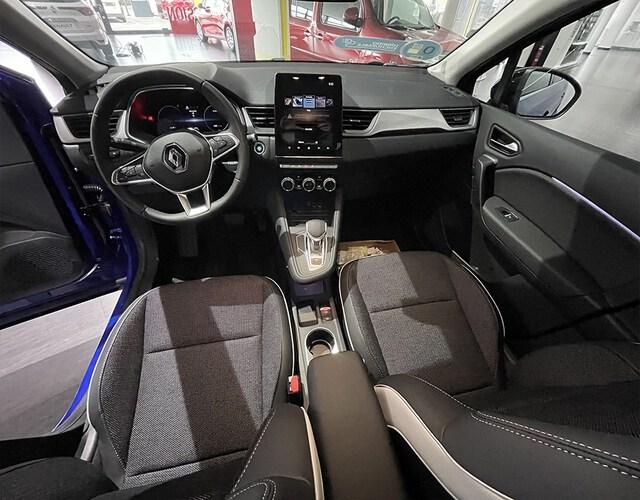Inside Captur Híbrido Enchufable  Azul Rayo con techo