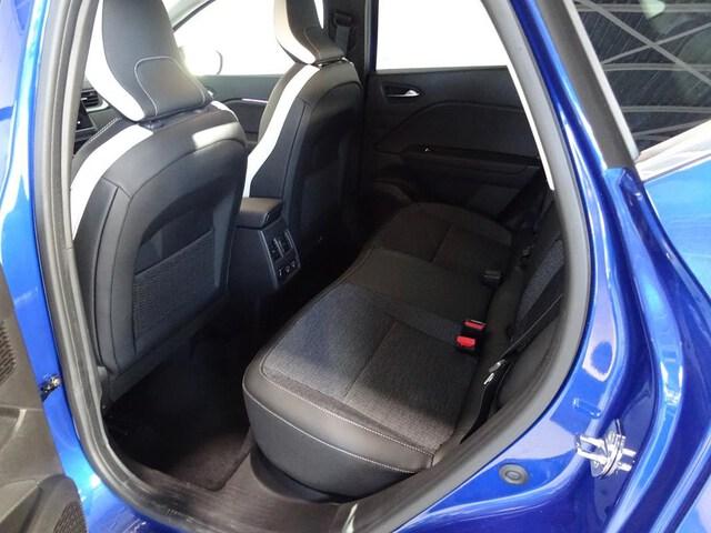 Inside  CAPTUR  Carrocería Azul Ray
