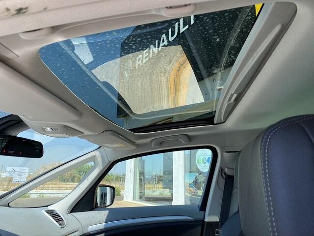 Inside Espace Diesel  GRIS