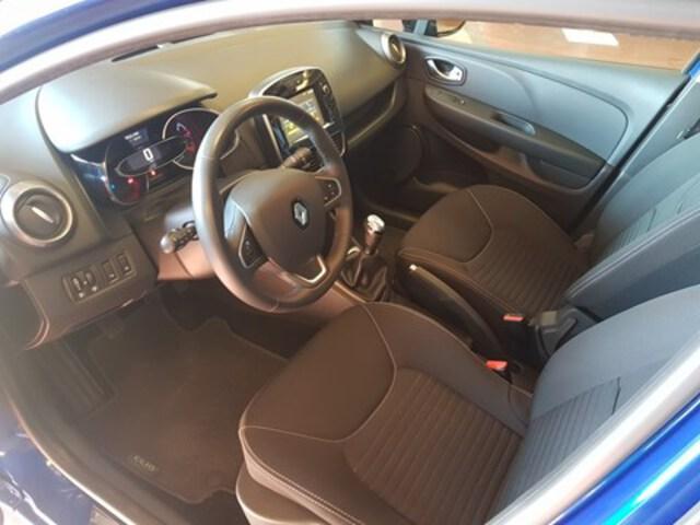 Exterieur Clio Grandtour  blauw