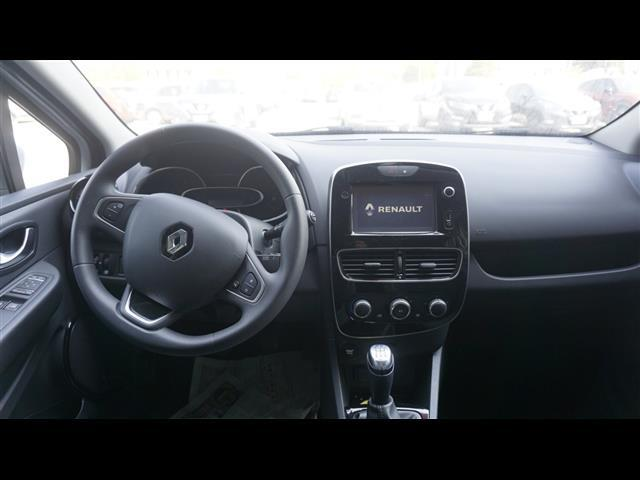 RENAULT Clio Sporter 02027694_VO38013041