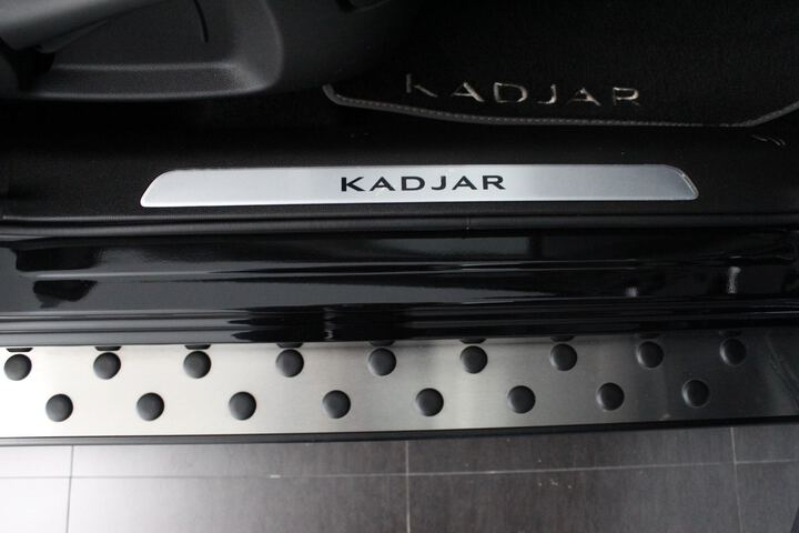 Inside  KADJAR  Negro Brillante