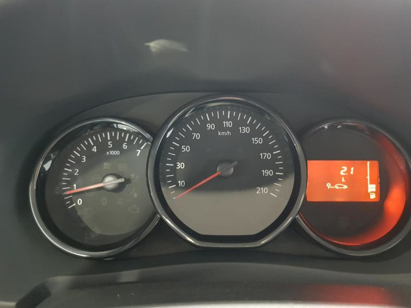 Inside Dokker Combi Diesel  GLACIAR