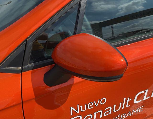 Outside CLIO  Naranja Valencia