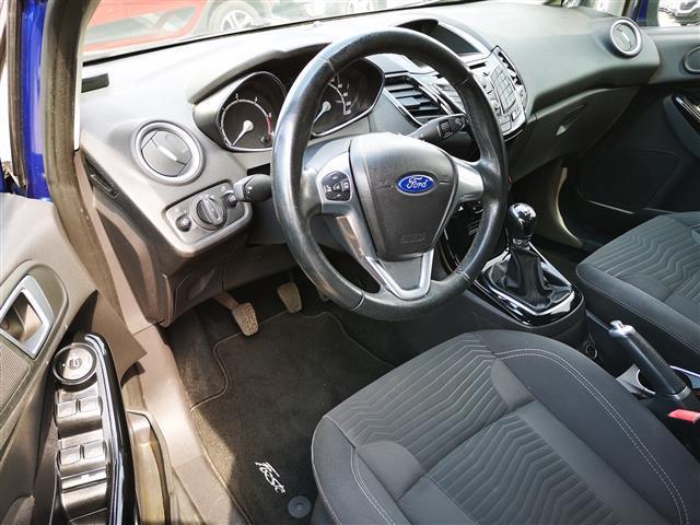 FORD Fiesta 00610074_VO38053733