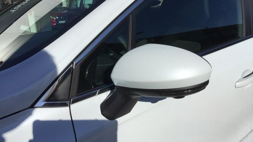 Outside CLIO  Blanco Quartz