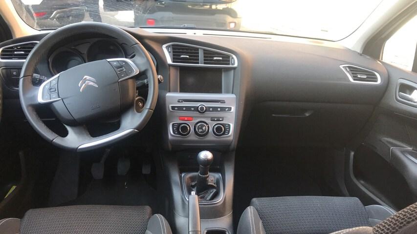 Inside C4 Diesel  Gris Platino
