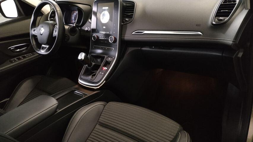 Inside Grand Scénic Diesel  Beige