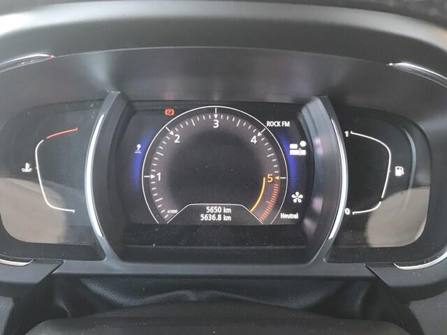 Inside Grand Scénic Diesel  Gris Platino con Tec