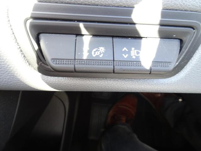 CLIO SOCIETE AIR BLANC GLACIER