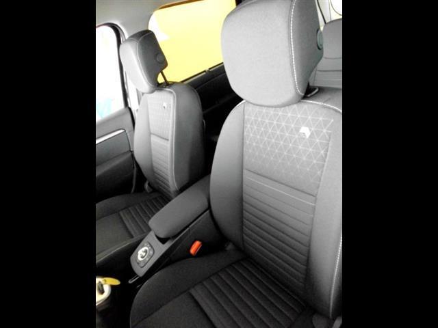 RENAULT Scenic III X Mod 2012 00000048_VO38013159