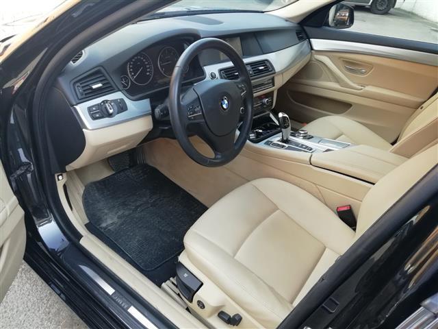 BMW Serie 5 F11 Touring 00610107_VO38053733