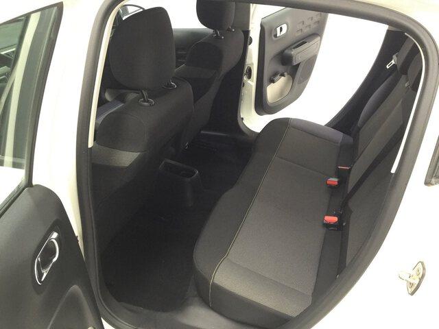 Inside C3 Diesel  Blanco Banquise