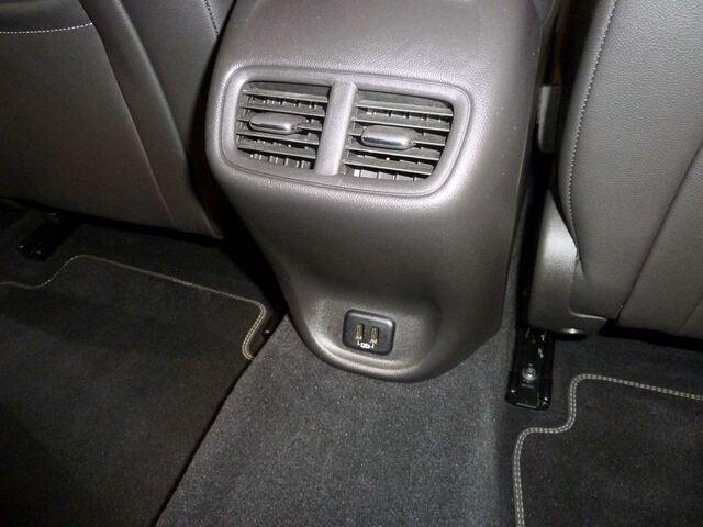 Inside Insignia Grand Sport Diesel  Gris