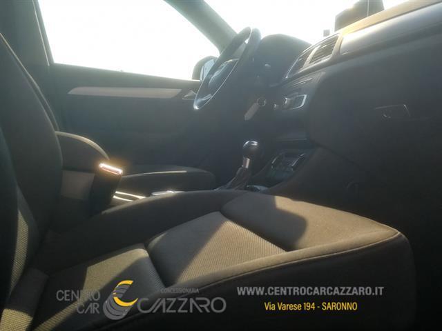 AUDI Q3 I 2015 00252558_VO38023217