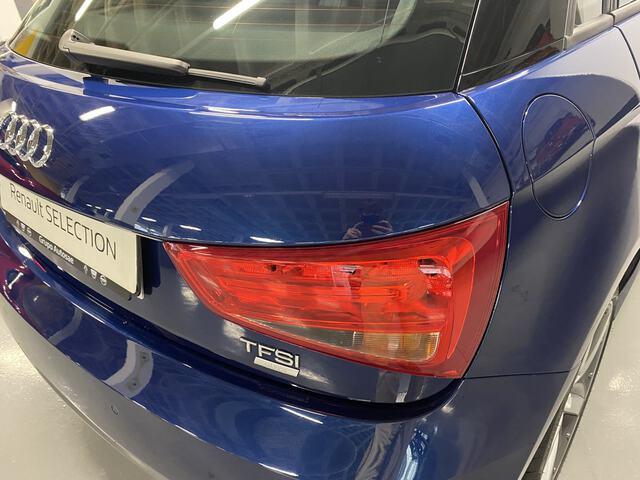 Outside A1 Sportback  Azul Utopía metaliz