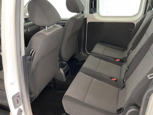 Inside Caddy Combi Diesel  BLANCO