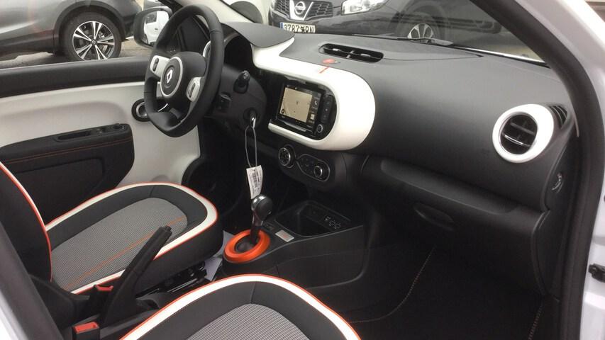 Inside Nuevo Twingo E-Tech eléctrico  Blanco Quartz