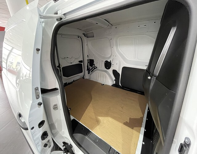 Inside Express Furgón Diesel  BLANCO