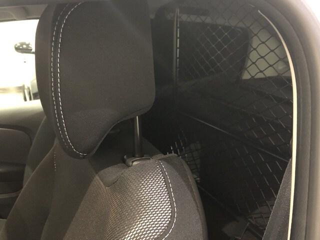 Inside Clio Societé  Blanco