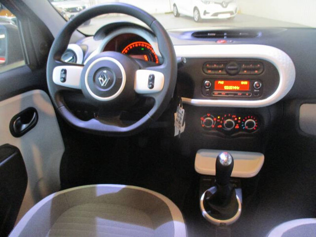 TWINGO Limited 2017 ROUGE FLAMME