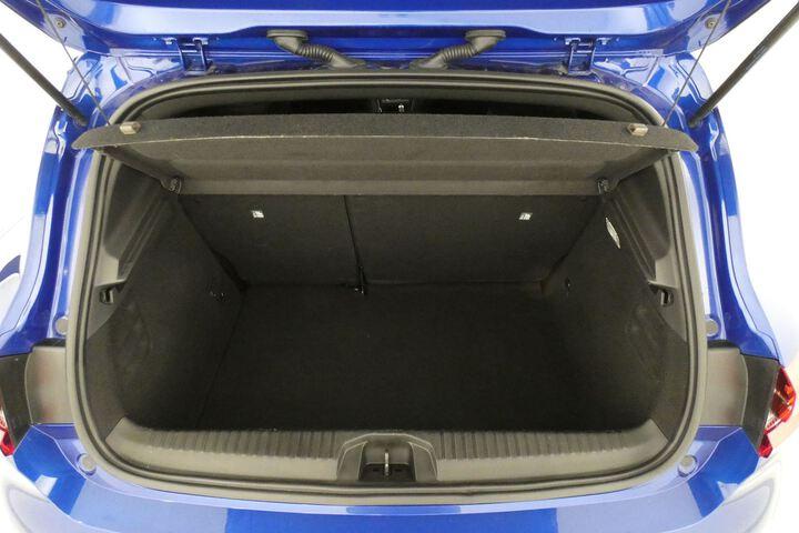 Inside Clio  Azul Rayo