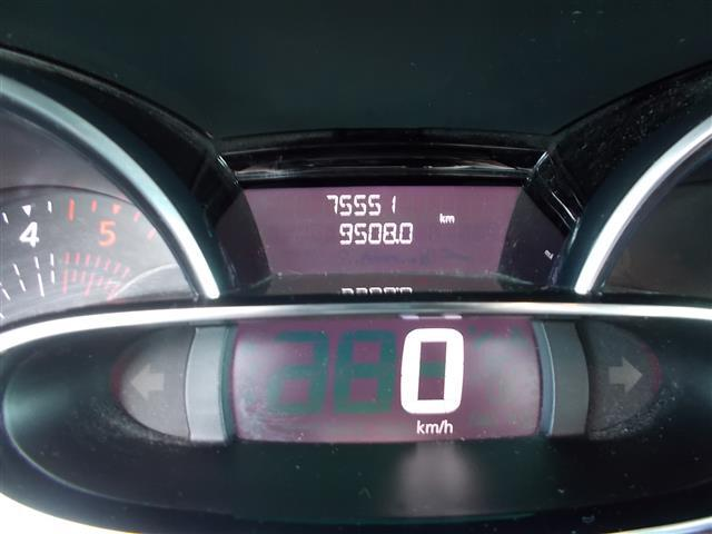 RENAULT Clio Sporter 00018985_VO38013018