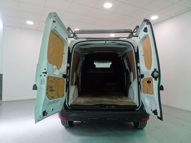 Inside Dokker Van Diesel  Blanco Glaciar