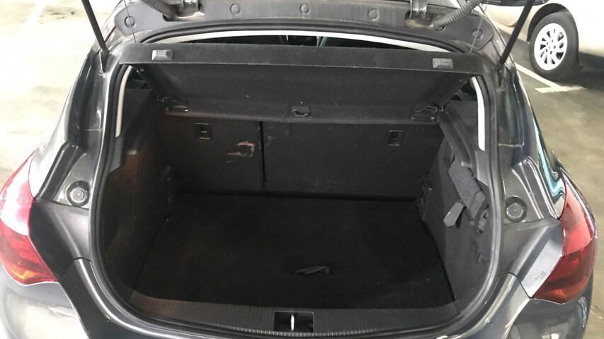 Inside Astra Diesel  Gris
