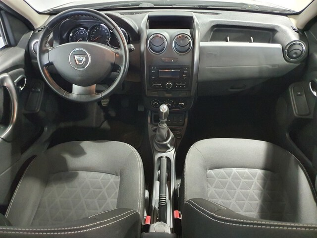 Inside Duster Diesel  Negro